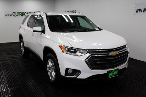 New Chevrolet Traverse LT Cloth