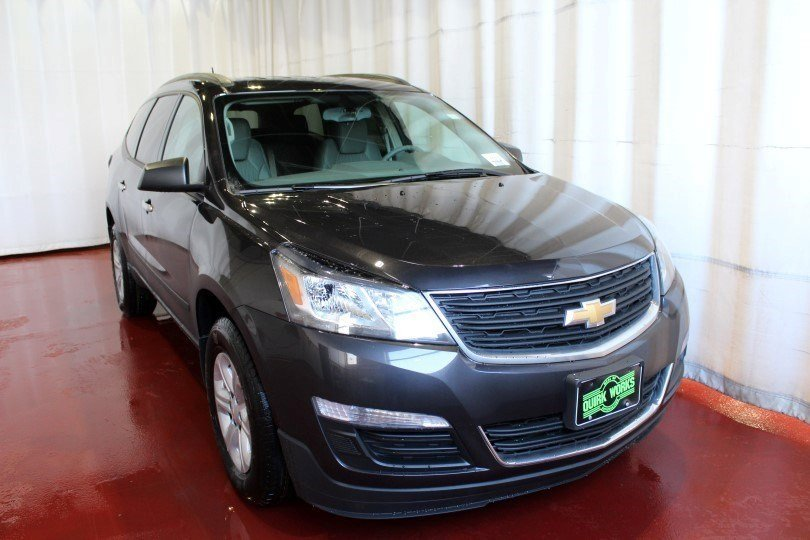 new 2017 chevrolet traverse ls sport utility in manchester m25202 quirk chevrolet manchester. Black Bedroom Furniture Sets. Home Design Ideas